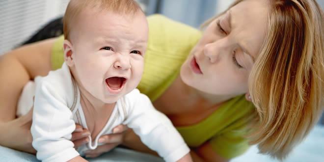 Que faire lorsque bébé pleure ?