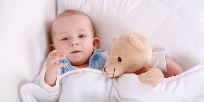 Les jouets et peluches pour bébé
